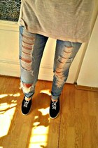 black Bershka shoes - blue pullandbear jeans - beige bumbac Bershka blouse