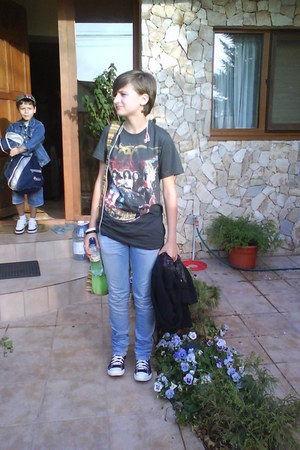 from concert Aerosmith Club t-shirt - Converse shoes - Zara jeans