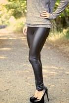 black leather Atmosphere leggings