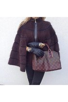 dark brown accessories Louis Vuitton bag