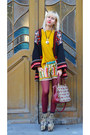 Zara-jacket-jeffrey-campbell-shoes-mango-sweater-vintage-bag-zara-shorts