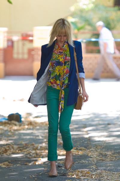 thrifted vintage shirt - rolled hems random brand jeans - Zara blazer