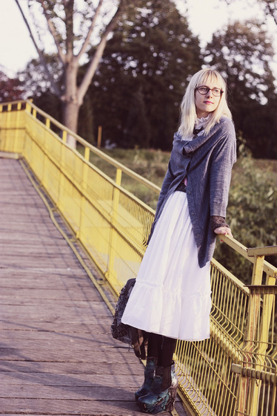 tortoise firmoo glasses - snakeskin asos boots - vintage dress - Promod sweater