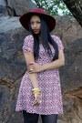 Hat-boots-dress