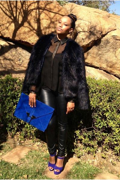 blue Foschini purse - navy faux fur coat studio w coat