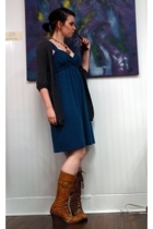 Kimchi&Blue sweater - Destroy boots - SkwrrL Collective necklace