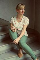 vintage blouse - andré shoes - H&M pants