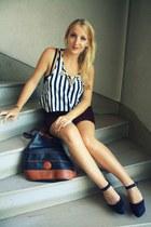 H&M top - vintage bag - Newlook wedges - vintage skirt