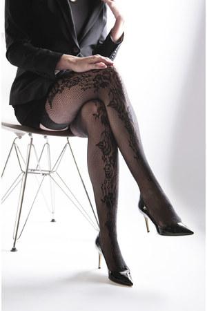 VienneMilano stockings - Aldo shoes - short blazer blazer