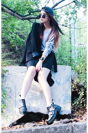 H&M blazer - Decimal Shoes boots - Stradivarius hat - PERSUNMALL sweater