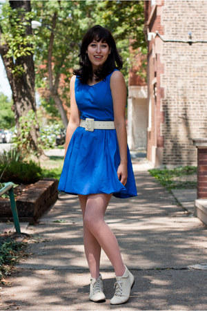 blue keyhole Topshop dress - ivory ankle boots thrifted vintage boots