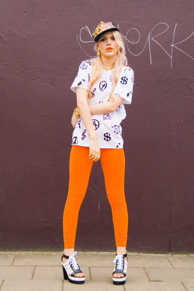 DEAR LOLA LTD leggings