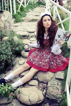 ruby red rubi red dress - white white shirt - maroon maroon belt - navy Navy hee