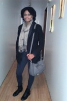 black ankle Bamboo boots - black coat - scarf - light gray tote cato bag