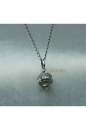 Don Biu necklace