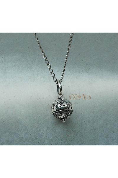 Don Biu necklace