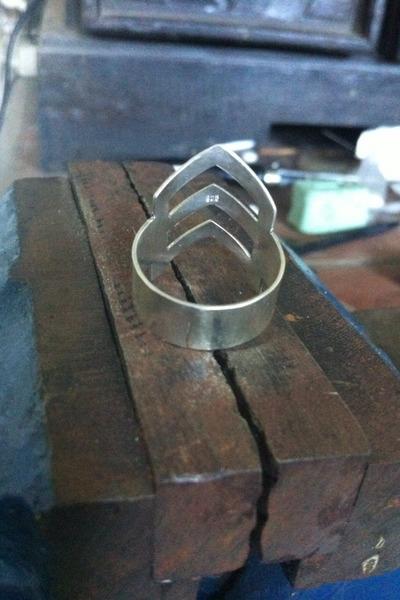 Don Biu ring