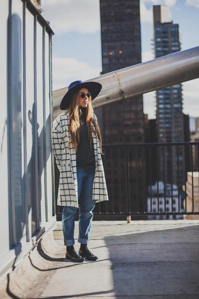 River Island coat - carlo pazolini shoes - LackOfColor hat - Levis pants