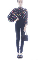 black H&M shirt - black Zara pants - black vintage purse - black Chloe shoes