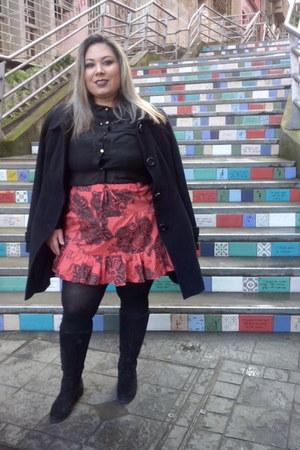 polyester Nocturne skirt - suede Ellus boots - la Makenji coat