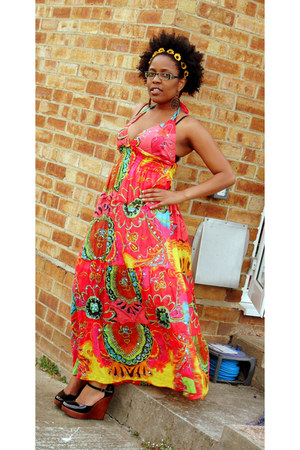 colourful dress - accessories - wedges
