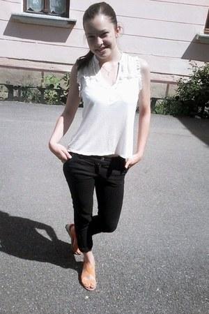 black random brand jeans - white random brand shirt