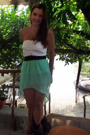 black Benvenuti boots - aquamarine skirt - white Bershka top