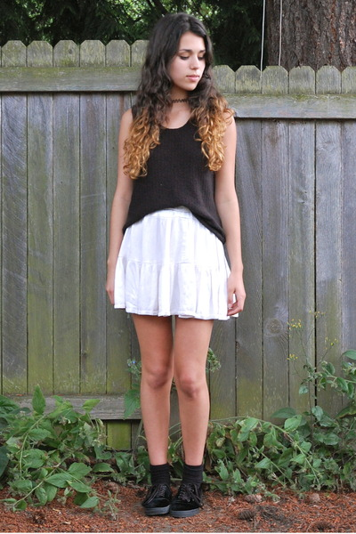 ivory old skirt - black Value Village top - black Vans sneakers