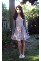 gray American Eagle cardigan - pink alice  olivia for Payless shoes - pink Targe
