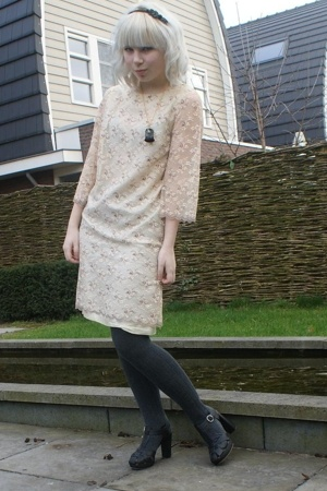 Dress dress - H&amp;M tights - see by chlo shoes - SIX accessories - Ilovevintage ne