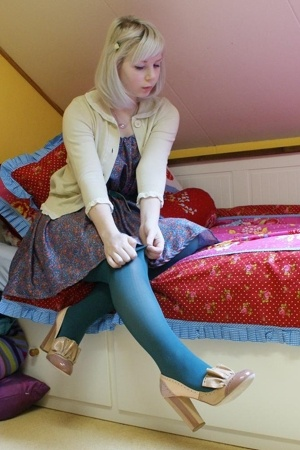 see by chlo sweater - Episode dress - vintage belt - Steps tights - Miu Miu shoe