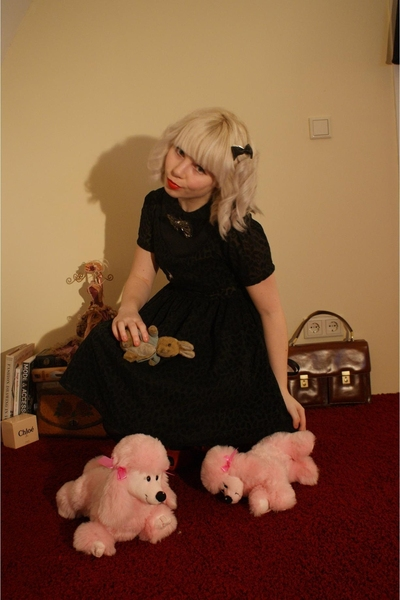 selfmade dress - SIX accessories - H&M tights - Nine West shoes - gift accessori