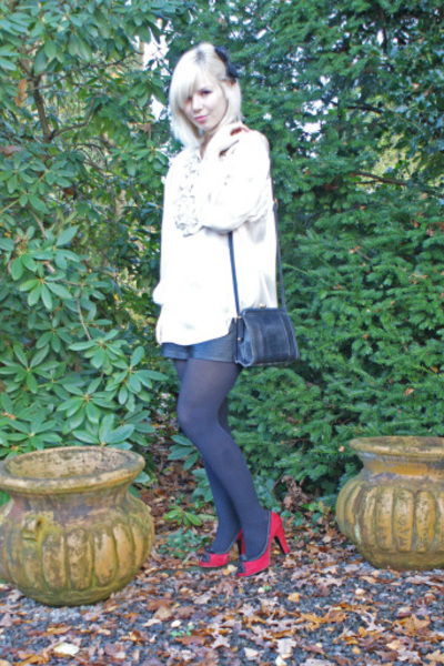 See by Chloe blouse - vintage shorts - Marc by Marc Jacobs shoes