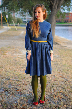 navy denim vintage dress - olive green Worthington tights