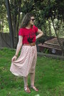Off-white-tempt-skirt-red-gleek-jay-jays-t-shirt