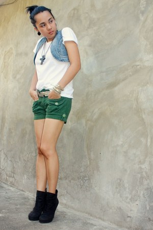 Guess blazer - Hanes shirt - warehouse shorts - BU heels