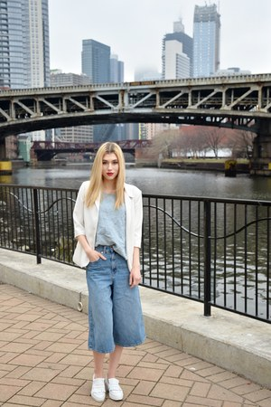 white Sin Clarity blazer - sky blue culottes Gap jeans