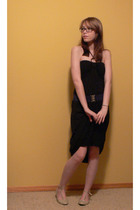 Kiwi dress - f21 belt - f21 shoes