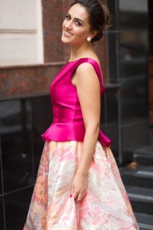 hot pink eho vest - bubble gum skirt