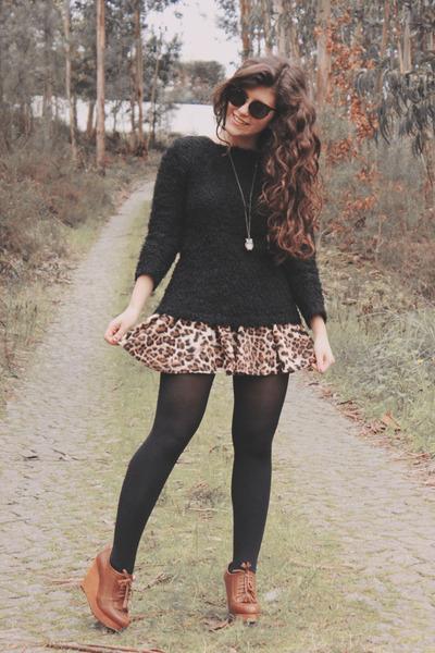 brown chicnova skirt - black Lefties sweater - black chicnova sunglasses