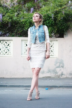 denim H&amp;M vest - white Pnk Casual dress - vintage bag - Zara sandals