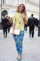 light yellow Pnk Casual top - Moon purse - sky blue andré sandals
