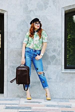 blue momfit Stradivarius jeans - dark green Zara men shirt