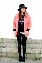 pink Lovelyshoes coat - black Bershka boots - black whool Front Row Shop hat