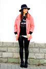Black-bershka-boots-pink-lovelyshoes-coat-black-whool-front-row-shop-hat