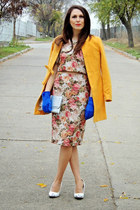 custom made suit - mustard coat - off white New Yorker heels