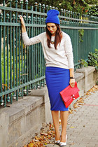 blue New Yorker hat - red unknown bag - blue Front Row Shop skirt
