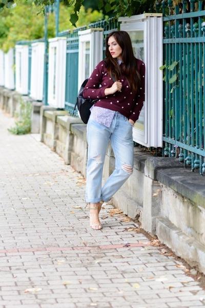 Light-blue-levis-jeans-brick-red-levis-sweater-periwinkle-levis-shirt