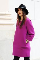 magenta neoprene Front Row Shop dress - black Front Row Shop hat