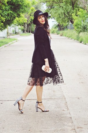 black Lovelyshoesnet skirt - black Front Row Shop hat - black Zara blazer